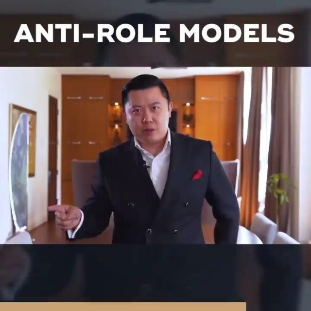 What do you do if you don't have a mentor or role model right now?   Study those around you and do the OPPOSITE.  Now, if you've been following me for some time and you want my guidance as you work towards financial confidence, tap the link in my bio to get started on developing your high-income skill.   What's your number one takeaway from this video? Comment below.
